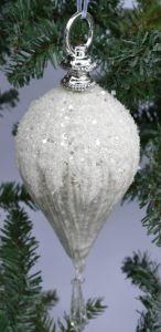 Stor Dråpeformet Glasskule Med Snø