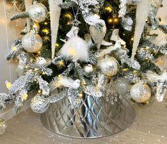 FÅ RABATT VED FORHÅNDSBESTILLING AV VÅRT FLOTTE JULETRESKJØRT NÅ! Harlekin Juletrefotskjuler  - Juletreskjørt - Til Årets Juletre